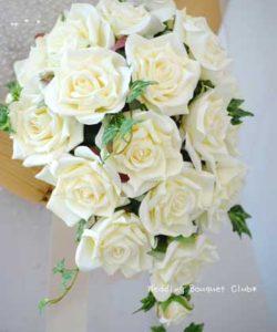 白バラオーバルブーケ造花