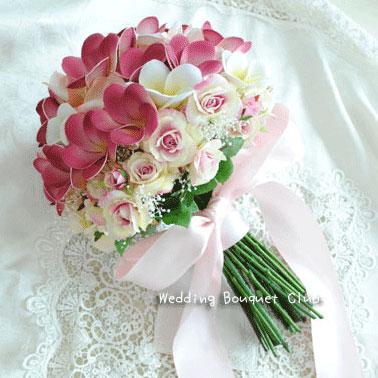 プルメリアとバラのクラッチブーケ・造花