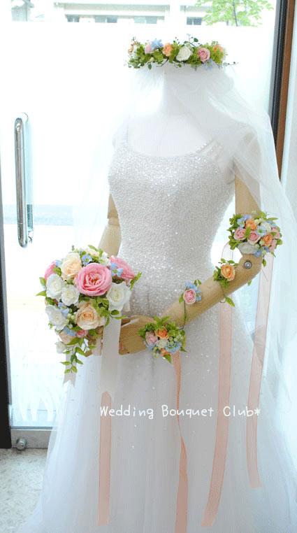 ミニバラのアームアクセサリー:造花