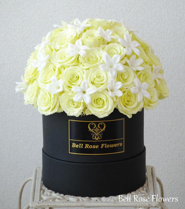 花束ボックスフラワー・ミントグリーンのバラ